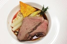Traditionellen Tafelspitz genießen im Restaurant Landeck: Stadtcafe Landeck, Malserstraße 49, 6500 Landeck