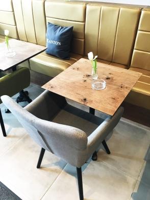 Das Stadtcafe Landeck wurde im Januar 2018 für Sie zu Cafe, Restaurant und Bar umgebaut. Das Hauptaugenmerk liegt dabei zunächst auf Cafe, Frühstück, Brunch und Aperitivo sowie Bar und wird zeitlich versetzt im Anschluss den Betrieb als Restaurant mit mediterraner aufnehmen.