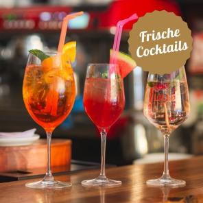 Frische Drinks und Cocktails am sonnigsten Platz von Landeck, Malserstraße 49.