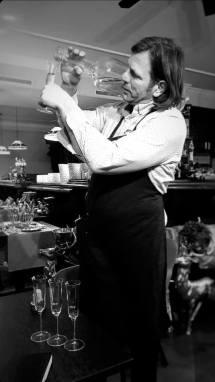Hier bedient der Chef Toni persönlich. Stadtcafe Landeck, Malserstraße 49, direkt ma Kreisverkehr.