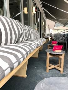Sonnenbalkon der Panorama Lounge Landeck